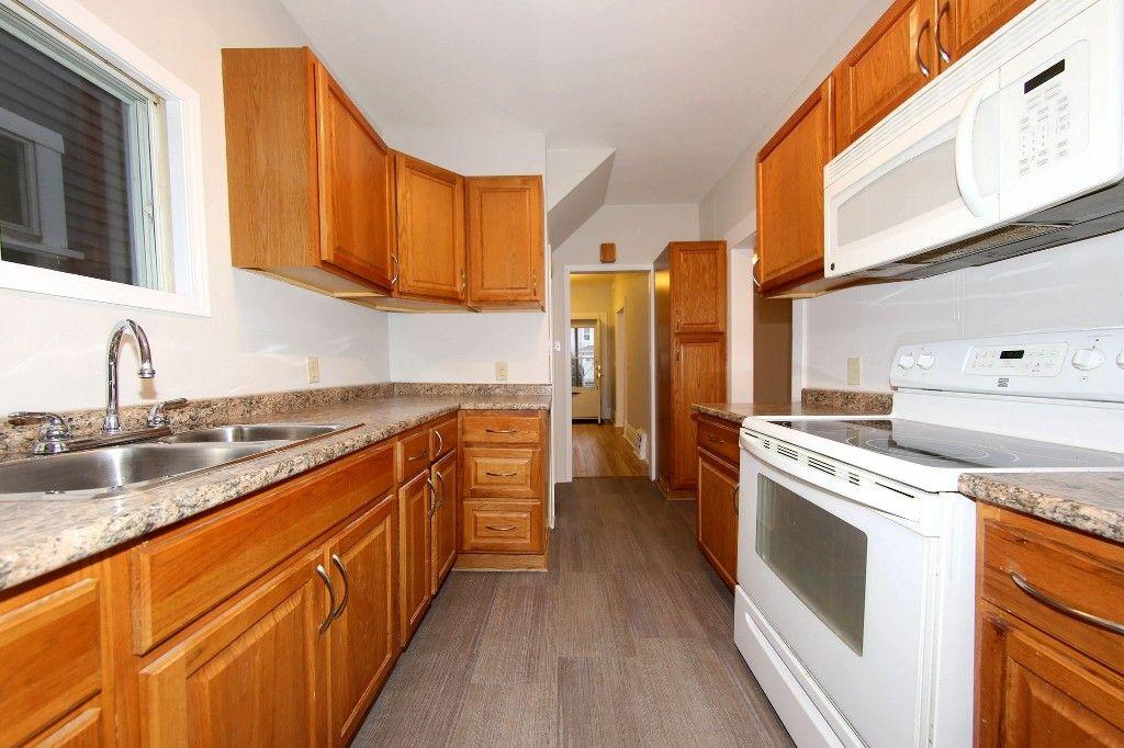 Photo 9: Photos: 470 Craig Street in Winnipeg: Wolseley Single Family Detached for sale (5B)  : MLS®# 1707181