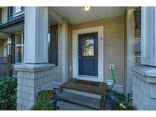 """Photo 2: 2 18199 70 Avenue in Surrey: Cloverdale BC Townhouse for sale in """"AUGUSTA"""" (Cloverdale)  : MLS®# R2216334"""