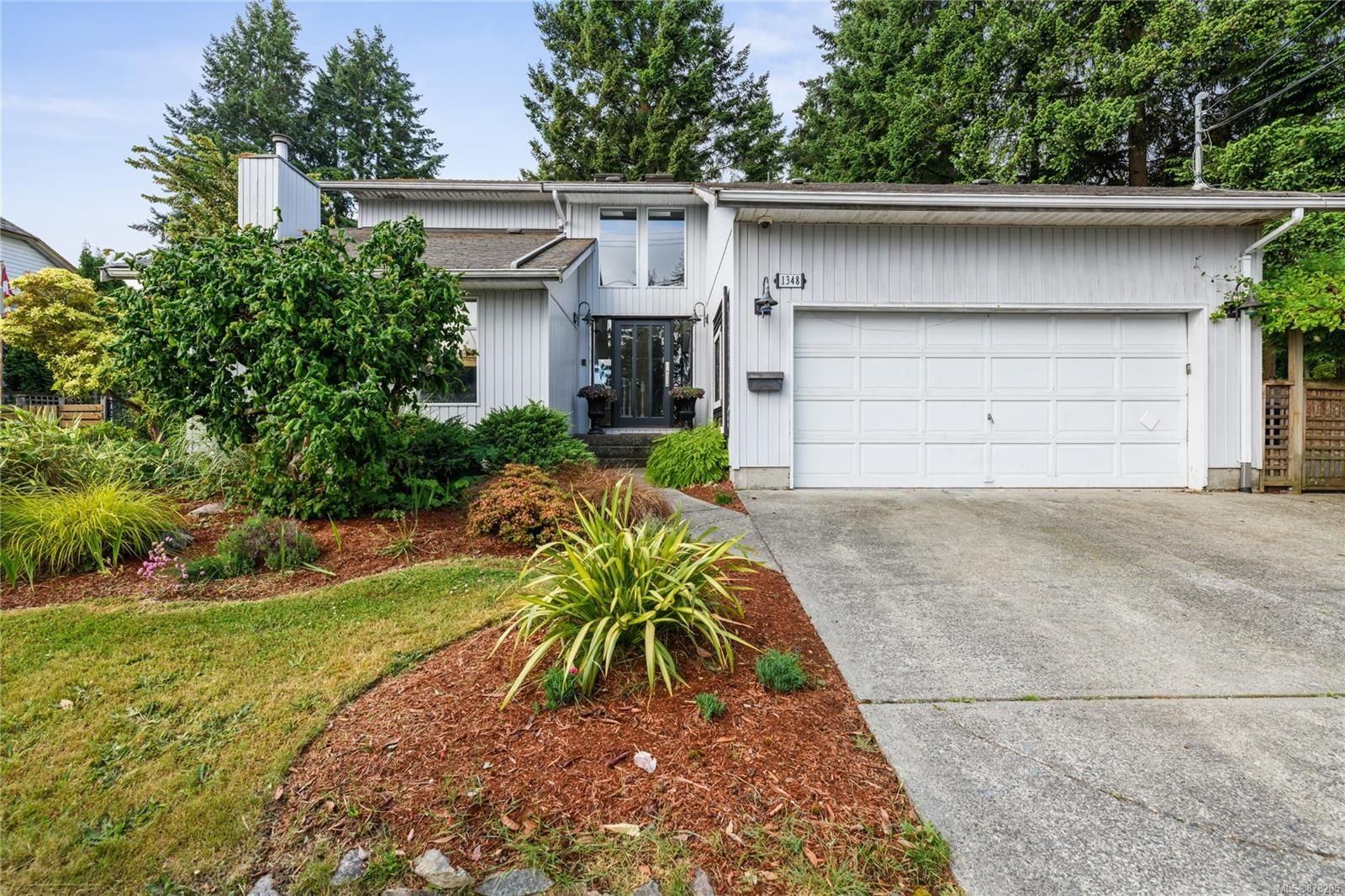 Main Photo: 1348 Argyle Ave in : Na Departure Bay House for sale (Nanaimo)  : MLS®# 878285