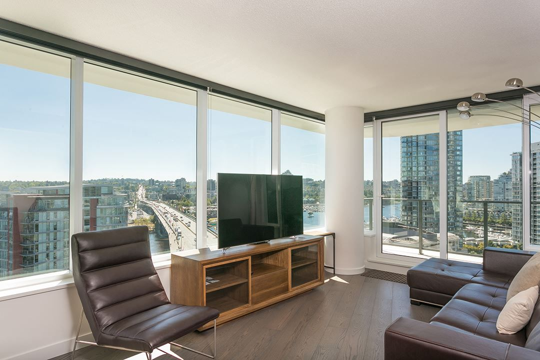 Main Photo: 1809 68 SMITHE STREET in Vancouver: Downtown VW Condo for sale (Vancouver West)  : MLS®# R2201355