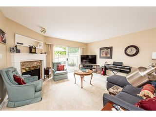 Photo 4: 138 16275 15 AVENUE in Surrey: King George Corridor Townhouse for sale (South Surrey White Rock)  : MLS®# R2401713