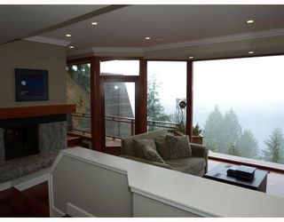 Photo 3: 4720 EASTRIDGE Road in North Vancouver: Deep Cove House for sale : MLS®# V748012