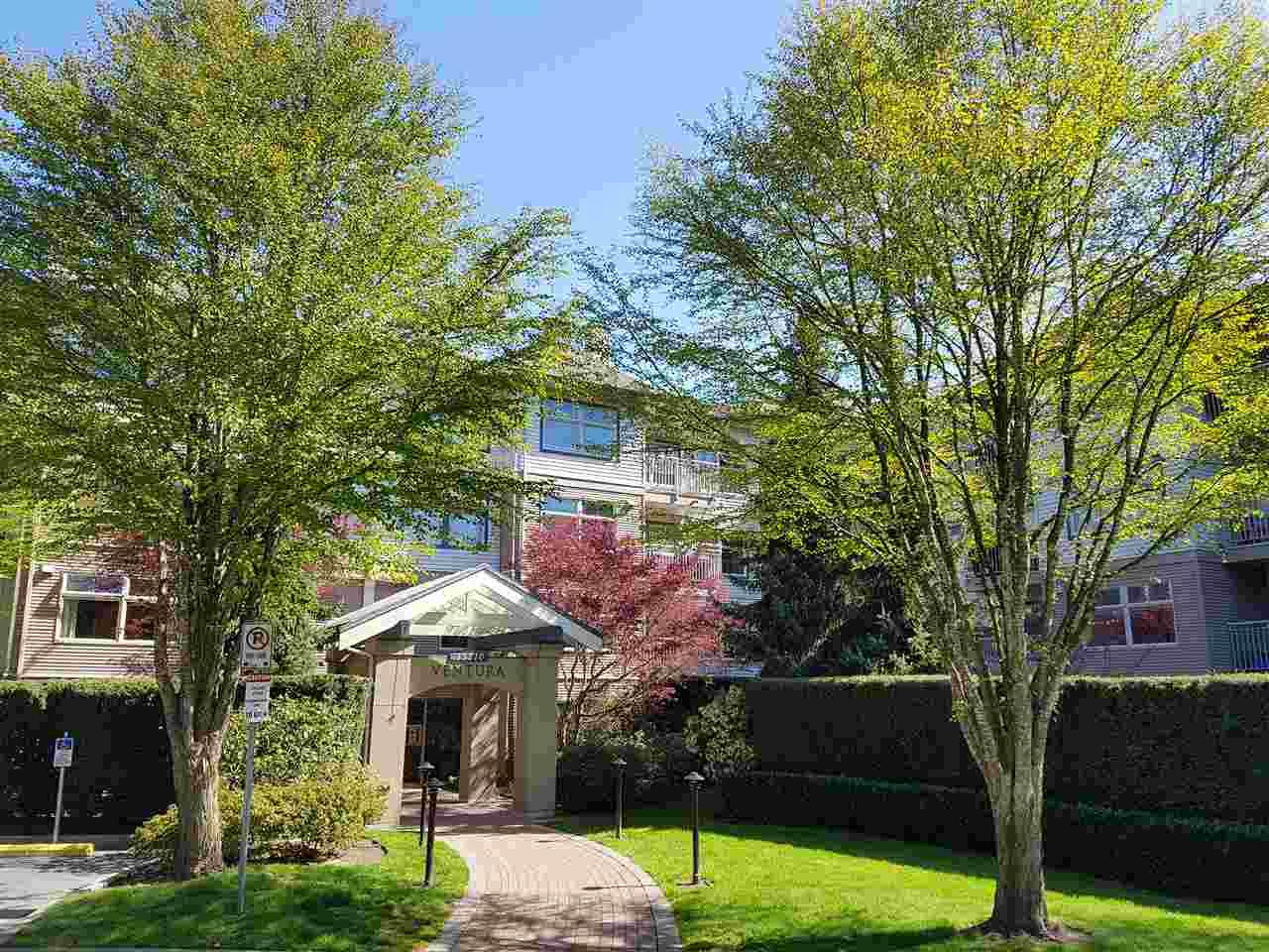 """Main Photo: 406 15210 GUILDFORD Drive in Surrey: Guildford Condo for sale in """"The Boulevard Club"""" (North Surrey)  : MLS®# R2259628"""