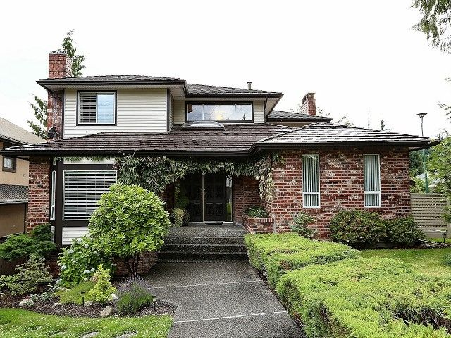 "Main Photo: 2578 TRILLIUM Place in Coquitlam: Summitt View House for sale in ""SUMMIT VIEW"" : MLS®# V1014463"