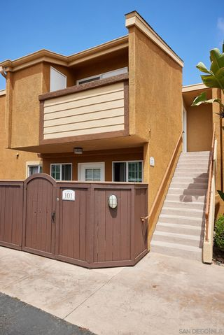 Photo 3: CLAIREMONT Condo for sale : 2 bedrooms : 5252 Balboa Arms Dr #201 in San Diego