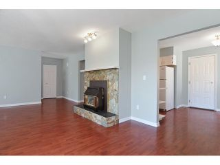 Photo 3: 2322 WAKEFIELD DR in Langley: Willoughby Heights House for sale : MLS®# F1438571