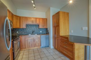 Photo 3: 206 360 Selby St in : Na Old City Condo for sale (Nanaimo)  : MLS®# 869534