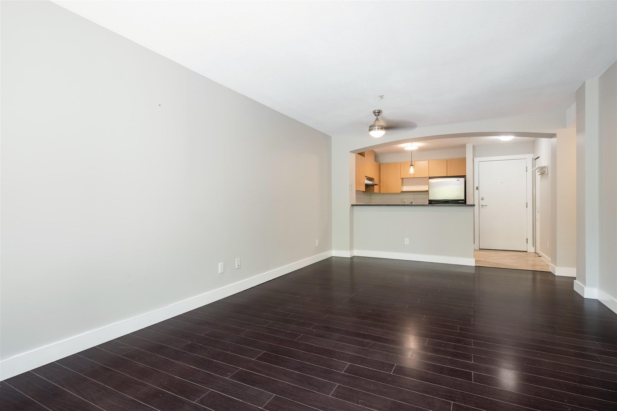 """Photo 6: Photos: 211 9339 UNIVERSITY Crescent in Burnaby: Simon Fraser Univer. Condo for sale in """"HARMONY"""" (Burnaby North)  : MLS®# R2597666"""