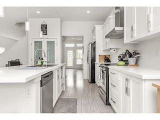 Photo 4: 10284 WYNNYK Way in Maple Ridge: Albion House for sale : MLS®# R2599796