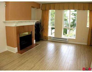 "Photo 4: 18 8930 WALNUT GROVE Drive in Langley: Walnut Grove Townhouse for sale in ""Highland Ridge"" : MLS®# F2718678"