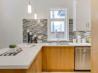 Photo 7: 546 E 10TH Avenue in Vancouver: Mount Pleasant VE 1/2 Duplex for sale (Vancouver East)  : MLS®# R2085116