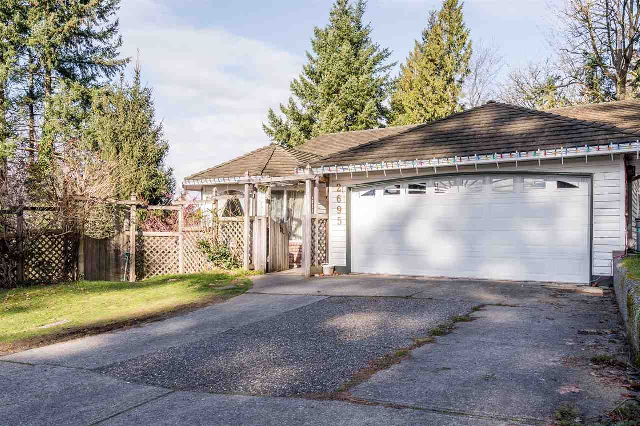 Main Photo: 2695 ST MORITZ Way in Abbotsford: Abbotsford East House for sale : MLS®# R2536407