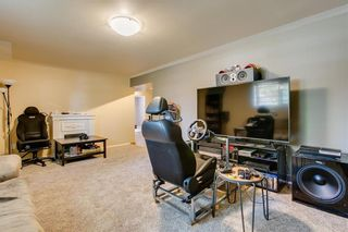 Photo 19: 2017 37 Street SE in Calgary: Forest Lawn Detached for sale : MLS®# A1101949