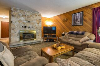 Photo 3: 2599 Maryport Ave in : CV Cumberland House for sale (Comox Valley)  : MLS®# 863190