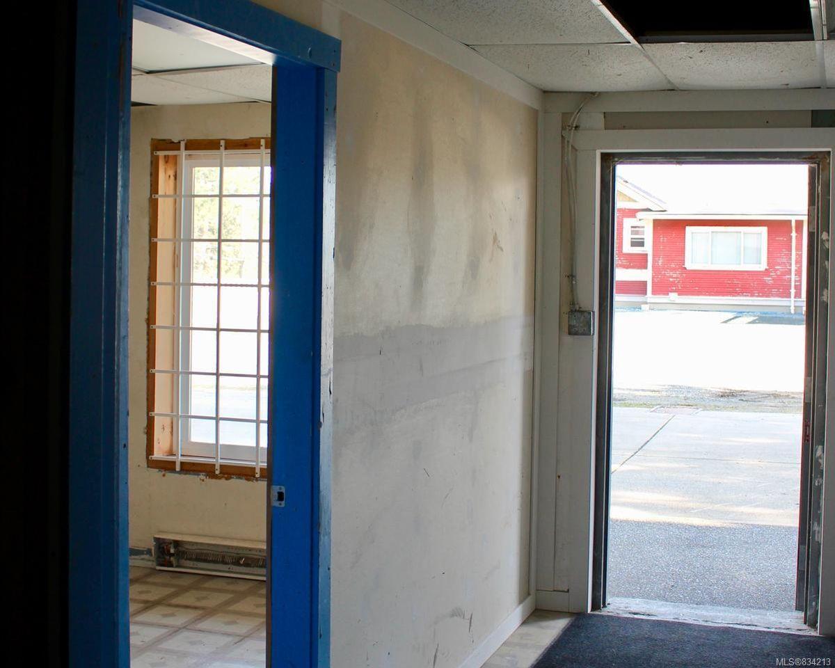Photo 3: Photos: 1&2 8150 Arthur St in CROFTON: Du Crofton Mixed Use for sale (Duncan)  : MLS®# 834213