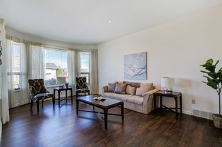 Photo 2: 19678 MAPLE Place in Pitt Meadows: Mid Meadows House for sale : MLS®# R2350379