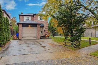 Photo 2: 35 Fisher Crescent in Ajax: Central West House (2-Storey) for sale : MLS®# E4293216