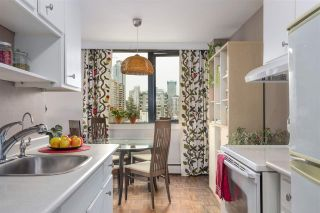 """Photo 8: 904 1330 HARWOOD Street in Vancouver: West End VW Condo for sale in """"WESTSEA TOWER"""" (Vancouver West)  : MLS®# R2592807"""