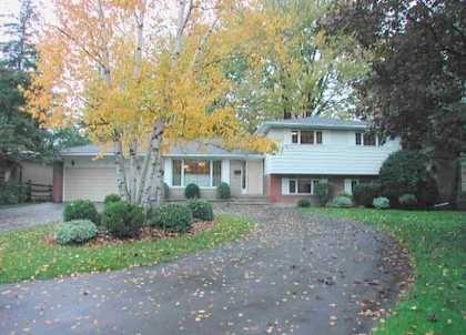 Main Photo: 19 Jeremy Dr in MARKHAM: House (Sidesplit 4) for sale (N11: LOCUST HIL)  : MLS®# N1008880