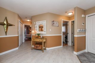 Photo 4: 2871 Penrith Ave in : CV Cumberland House for sale (Comox Valley)  : MLS®# 883133