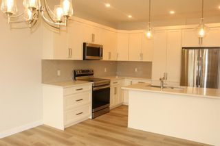 Photo 6: 17 Vireo Avenue: Olds Detached for sale : MLS®# A1075716