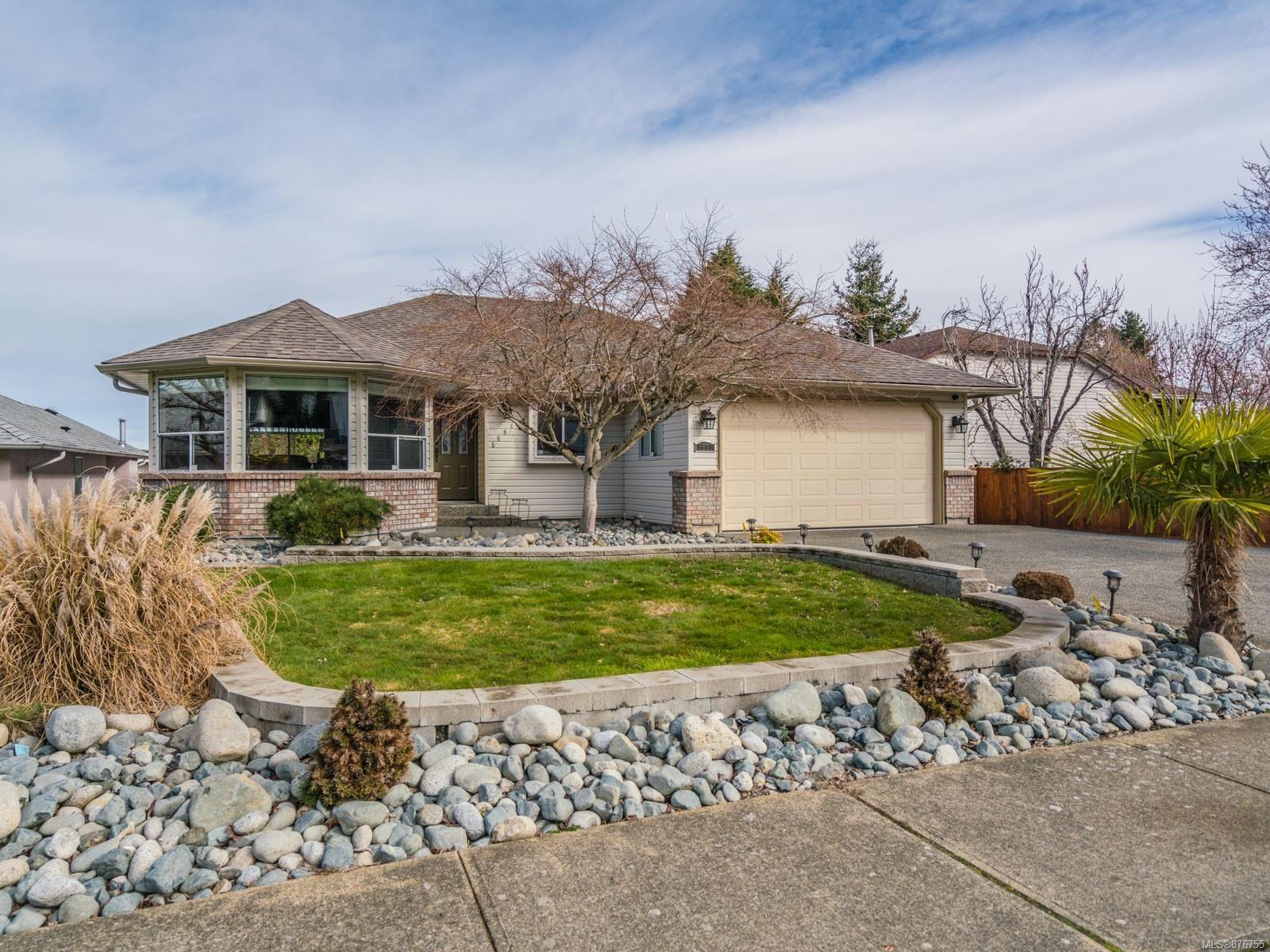 Main Photo: 5691 Carrington Rd in : Na North Nanaimo House for sale (Nanaimo)  : MLS®# 876755