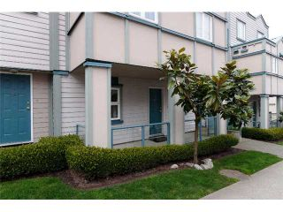 """Photo 10: 2259 ASH Street in Vancouver: Fairview VW Condo for sale in """"THE COURTYARDS"""" (Vancouver West)  : MLS®# V966973"""