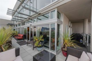 "Photo 13: 801 33 W PENDER Street in Vancouver: Downtown VW Condo for sale in ""33 Living"" (Vancouver West)  : MLS®# R2373850"