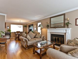 """Photo 3: 14743 69A Avenue in SURREY: East Newton House for sale in """"Chimney Heights"""" (Surrey)  : MLS®# F1210167"""