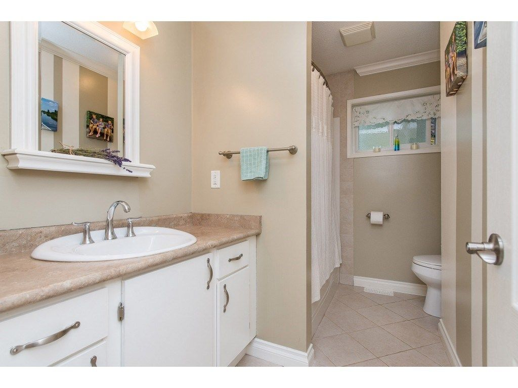 Photo 9: Photos: 6209 HOLLY Road: Agassiz House for sale : MLS®# R2388475