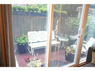 """Photo 4: 2411 W 5TH Avenue in Vancouver: Kitsilano Townhouse  in """"BALSAM CORNERS"""" (Vancouver West)  : MLS®# V1100926"""