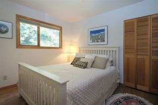 """Photo 8: 8333 RAINBOW Drive in Whistler: Alpine Meadows House for sale in """"Alpine"""" : MLS®# R2299873"""