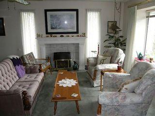Photo 2: 20325 DEWDNEY TRUNK ROAD in Maple Ridge: Home for sale : MLS®# V940648
