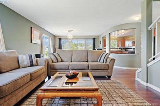 Photo 10: 305 908 Brock Ave in VICTORIA: La Langford Proper Row/Townhouse for sale (Langford)  : MLS®# 839718