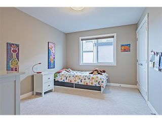 Photo 25: 14 ROCKFORD Road NW in Calgary: Rocky Ridge House for sale : MLS®# C4048682