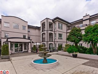 Photo 2: 112 1533 BEST Street: White Rock Condo for sale (South Surrey White Rock)  : MLS®# F1215388