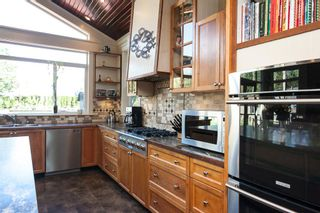 """Photo 11: 23737 46B Avenue in Langley: Salmon River House for sale in """"Strawberry Hills"""" : MLS®# R2048347"""