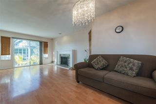 Photo 4: 8282 FREMLIN Street in Vancouver: Marpole 1/2 Duplex for sale (Vancouver West)  : MLS®# R2340791