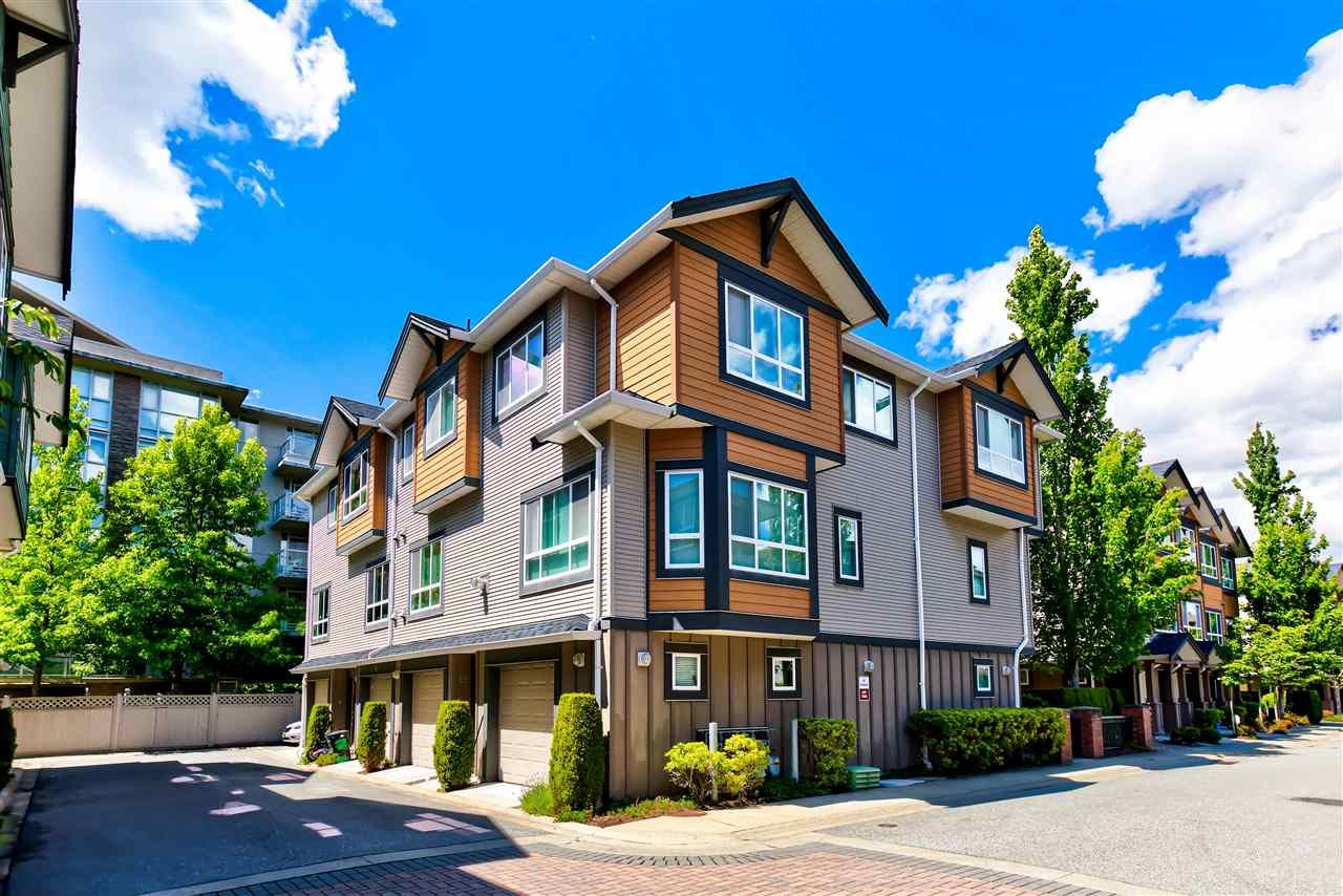 """Main Photo: 18 9420 FERNDALE Road in Richmond: McLennan North Townhouse for sale in """"Springleaf"""" : MLS®# R2589824"""