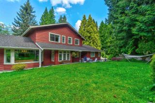 Photo 2: 16621 NORTHVIEW Crescent in Surrey: Grandview Surrey House for sale (South Surrey White Rock)  : MLS®# R2529299