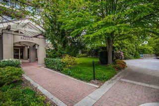 "Photo 2: 111 15220 GUILDFORD Drive in Surrey: Guildford Condo for sale in ""Boulevard Club"" (North Surrey)  : MLS®# R2363351"