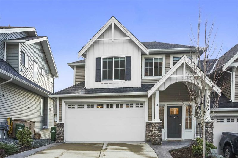 FEATURED LISTING: A - 46968 RUSSELL Road Chilliwack