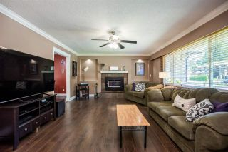 Photo 2: 19465 HAMMOND Road in Pitt Meadows: Central Meadows House for sale : MLS®# R2588838