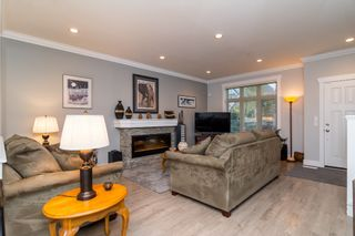 """Photo 3: 21137 77B Street in Langley: Willoughby Heights Condo for sale in """"Shaughnessy Mews"""" : MLS®# R2114383"""