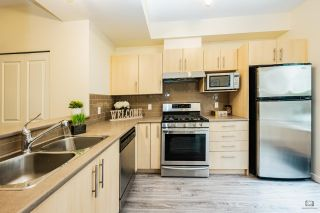 """Photo 14: 53 9229 UNIVERSITY Crescent in Burnaby: Simon Fraser Univer. Townhouse for sale in """"SERENITY"""" (Burnaby North)  : MLS®# R2523239"""