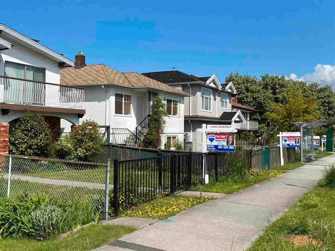 Photo 7: Photos: 2388 ADANAC Street in Vancouver: Hastings House for sale (Vancouver East)  : MLS®# R2574174