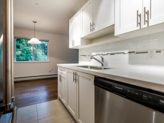 """Photo 16: 208 357 E 2ND Street in North Vancouver: Lower Lonsdale Condo for sale in """"Hendricks"""" : MLS®# R2470726"""