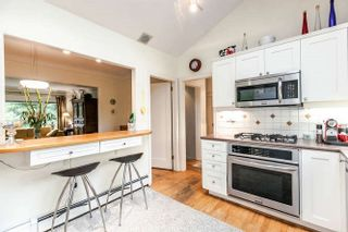 Photo 3: 2423 LAWSON Avenue in West Vancouver: Dundarave House for sale : MLS®# R2519485