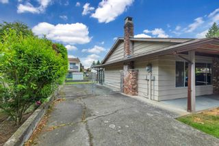 """Photo 5: 2525 CAMERON Crescent in Abbotsford: Abbotsford East House for sale in """"macmillan"""" : MLS®# R2605732"""