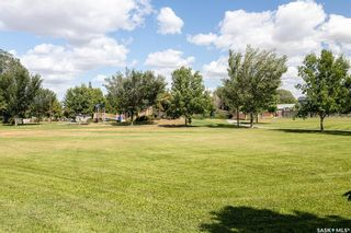 Photo 37: 410 Winnipeg Avenue South in Saskatoon: Meadowgreen Residential for sale : MLS®# SK866700